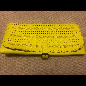 Neon yellow AEO clutch